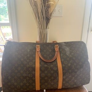 Authentic Louis Vuitton monogrammed keepall 60